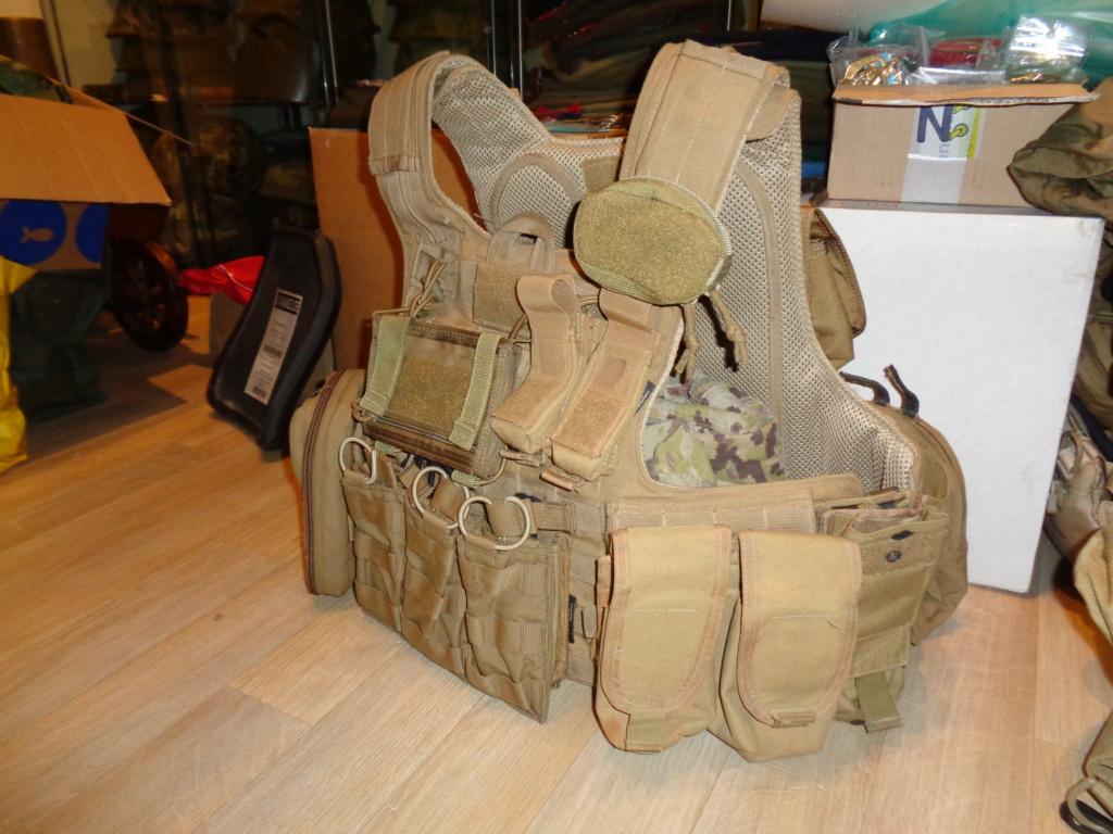 Dutch uniform and body armor as used in Mali, Fibrotex Fightex and Profile Equipment Moral SF, and more related gear (Profile, Diamondback) Dsc01332