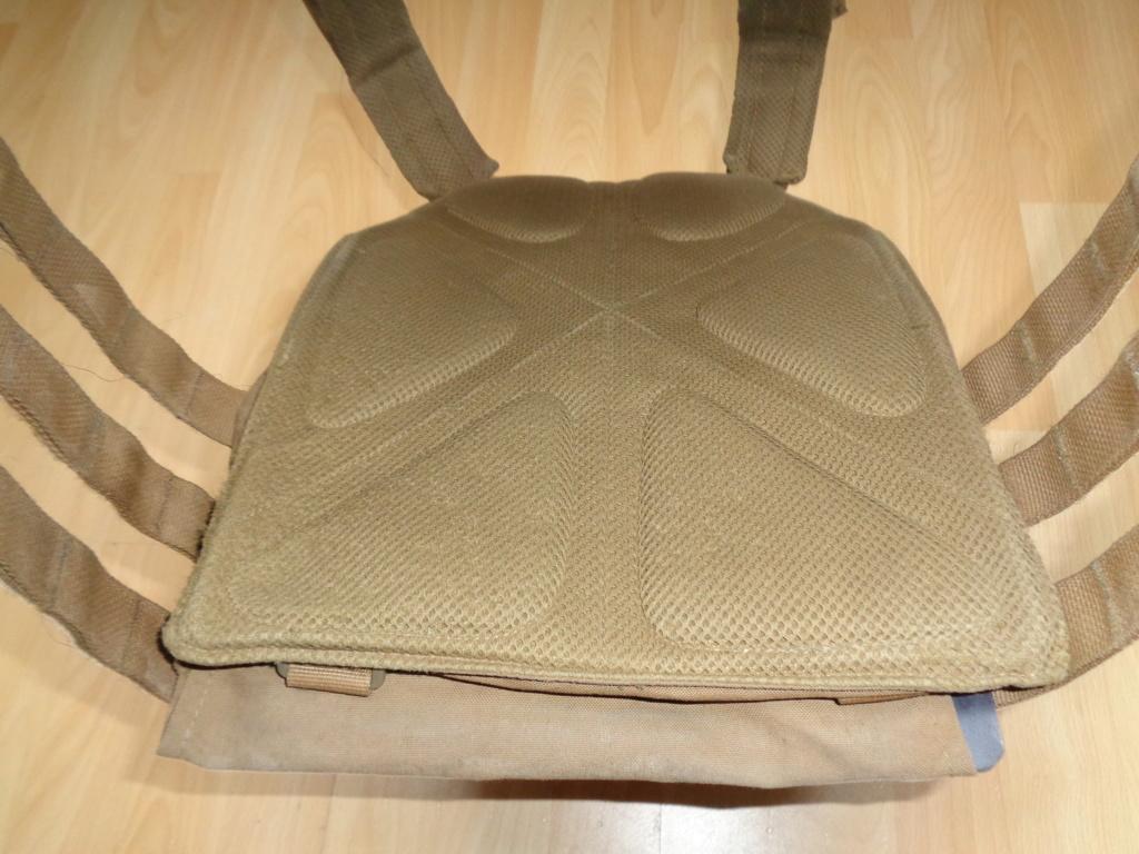 Dutch uniform and body armor as used in Mali, Fibrotex Fightex and Profile Equipment Moral SF, and more related gear (Profile, Diamondback) Dsc02123