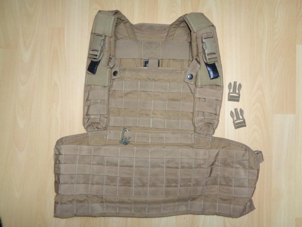 Dutch uniform and body armor as used in Mali, Fibrotex Fightex and Profile Equipment Moral SF, and more related gear (Profile, Diamondback) Dsc02142