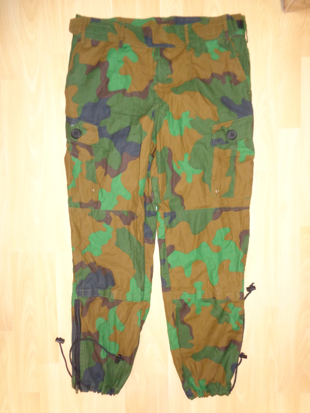 Really rare trial jungle camo combat uniform Dsc02440