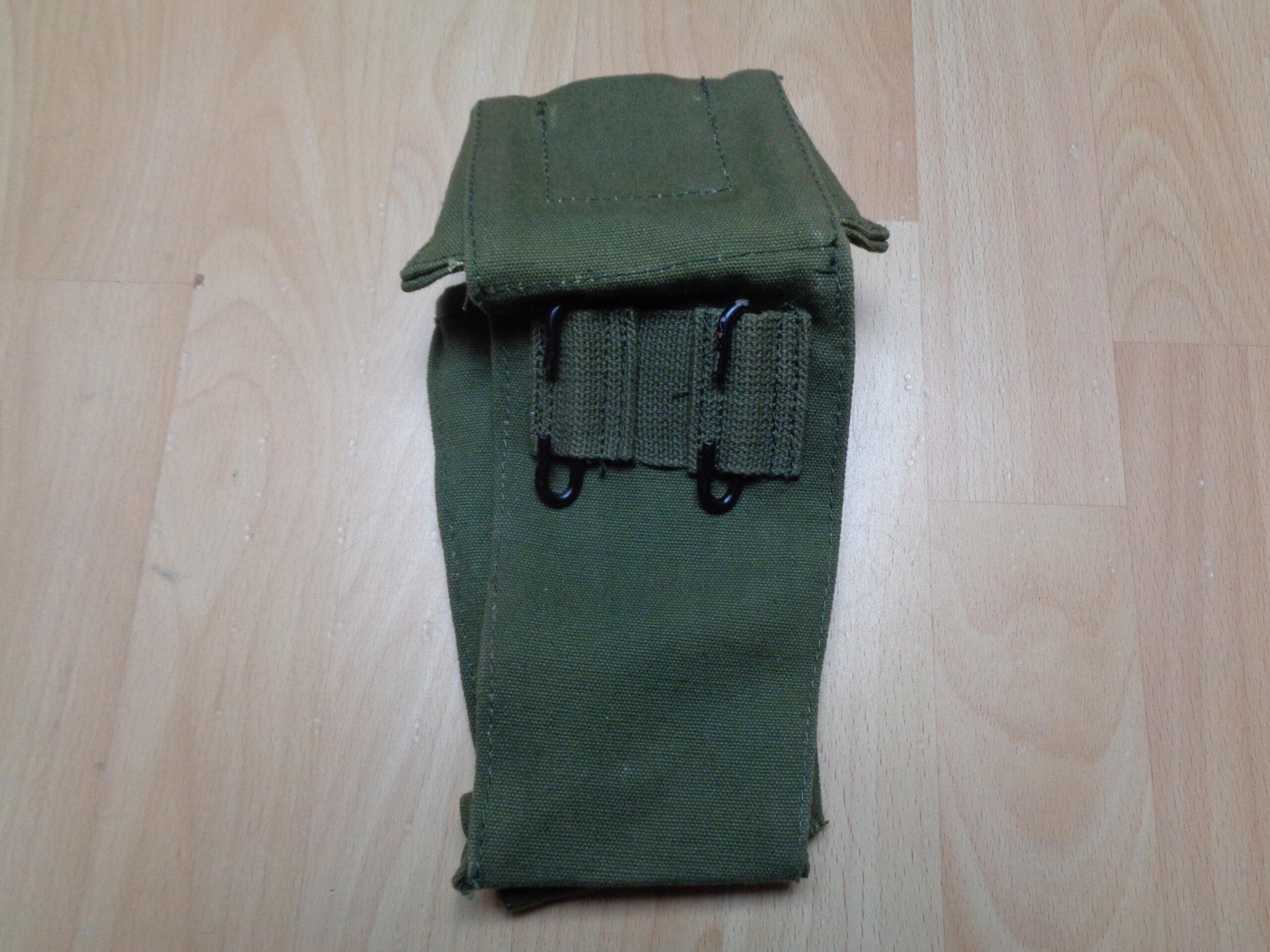 Iraqi (?) P58 canteen pouch Dsc03313