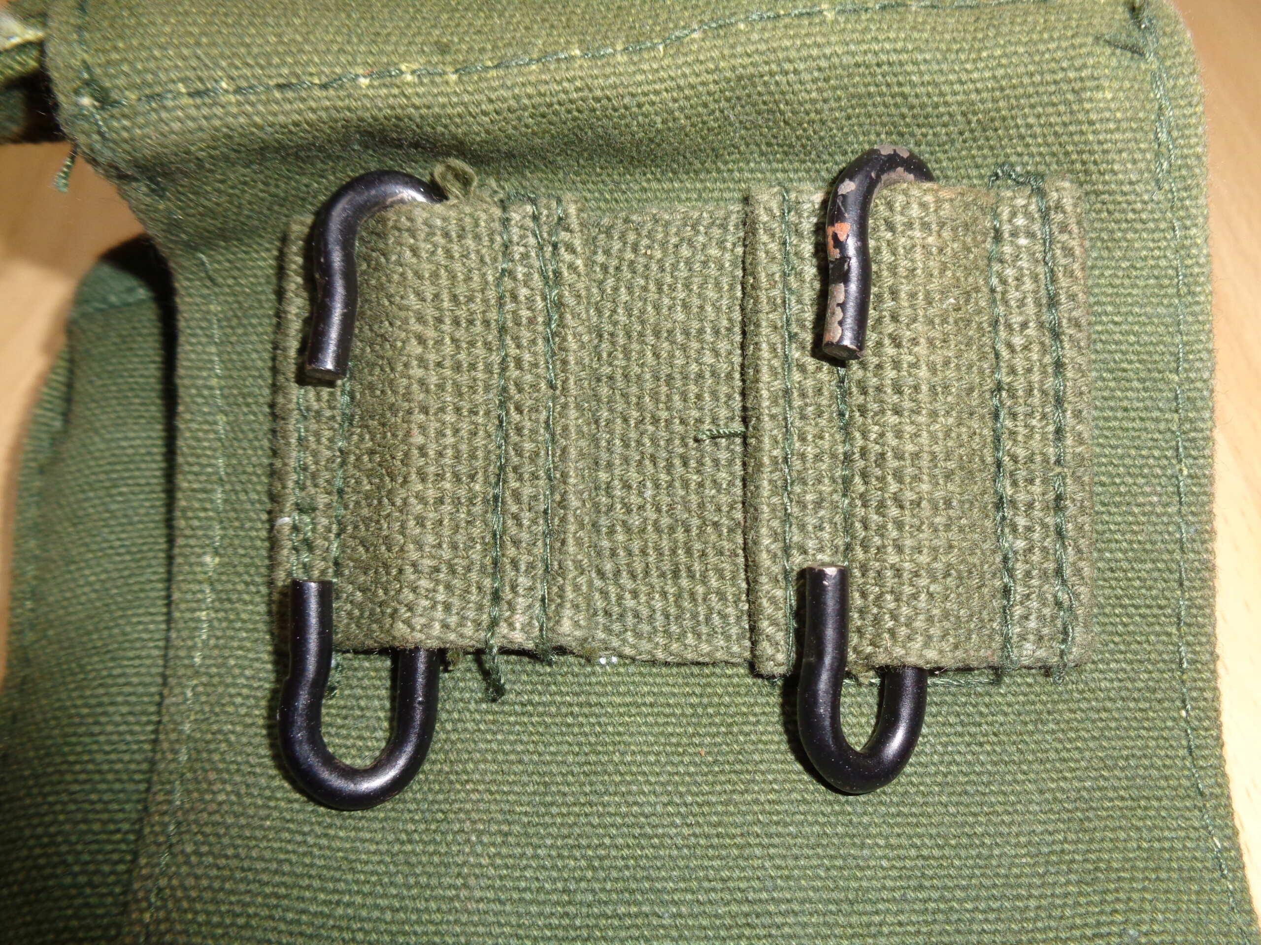 Iraqi (?) P58 canteen pouch Dsc03314