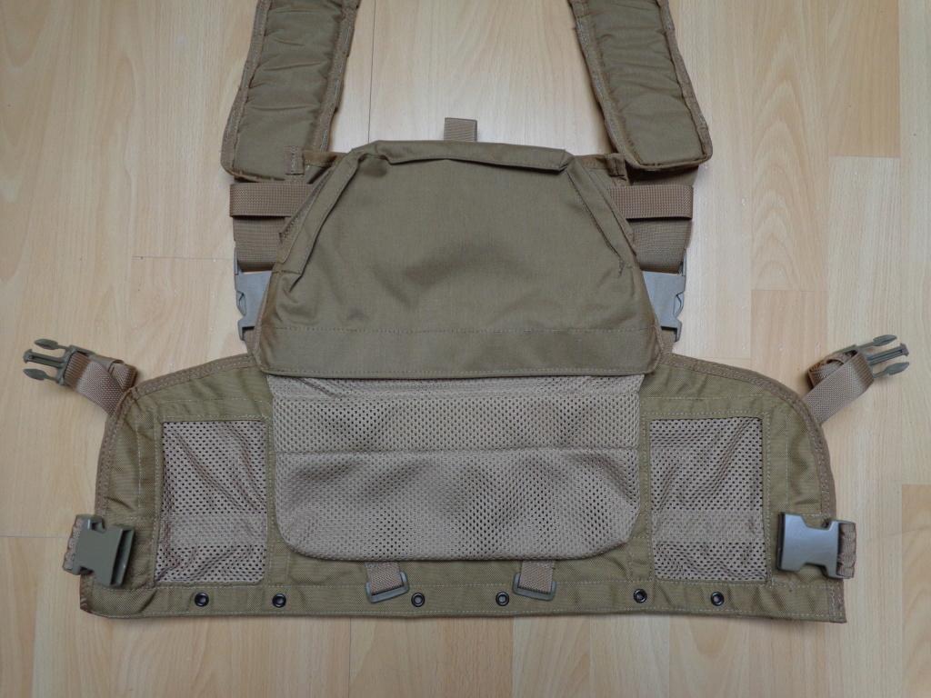 Dutch uniform and body armor as used in Mali, Fibrotex Fightex and Profile Equipment Moral SF, and more related gear (Profile, Diamondback) Dsc06645