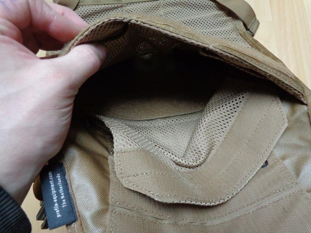 Dutch uniform and body armor as used in Mali, Fibrotex Fightex and Profile Equipment Moral SF, and more related gear (Profile, Diamondback) Dsc06651