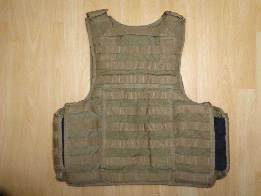 Dutch uniform and body armor as used in Mali, Fibrotex Fightex and Profile Equipment Moral SF, and more related gear (Profile, Diamondback) Dsc06738