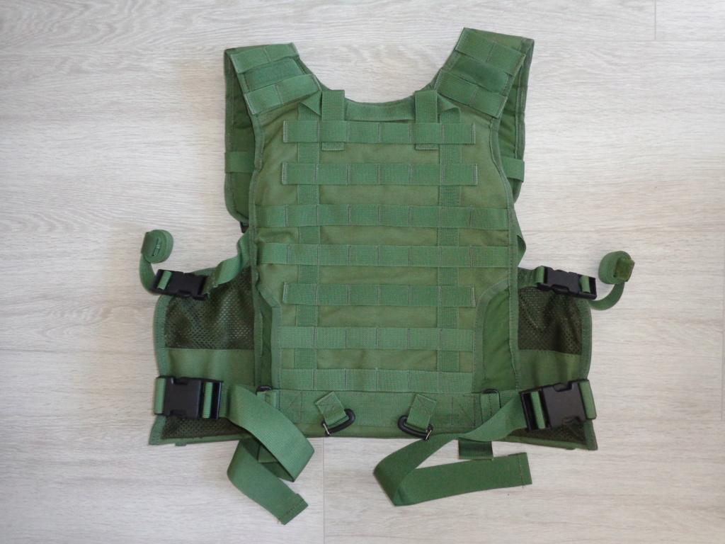 Dutch uniform and body armor as used in Mali, Fibrotex Fightex and Profile Equipment Moral SF, and more related gear (Profile, Diamondback) Dsc06875