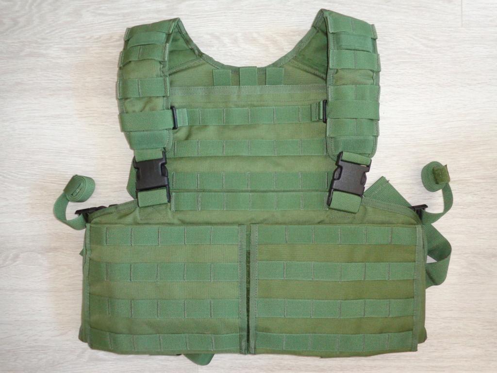 Dutch uniform and body armor as used in Mali, Fibrotex Fightex and Profile Equipment Moral SF, and more related gear (Profile, Diamondback) Dsc06876