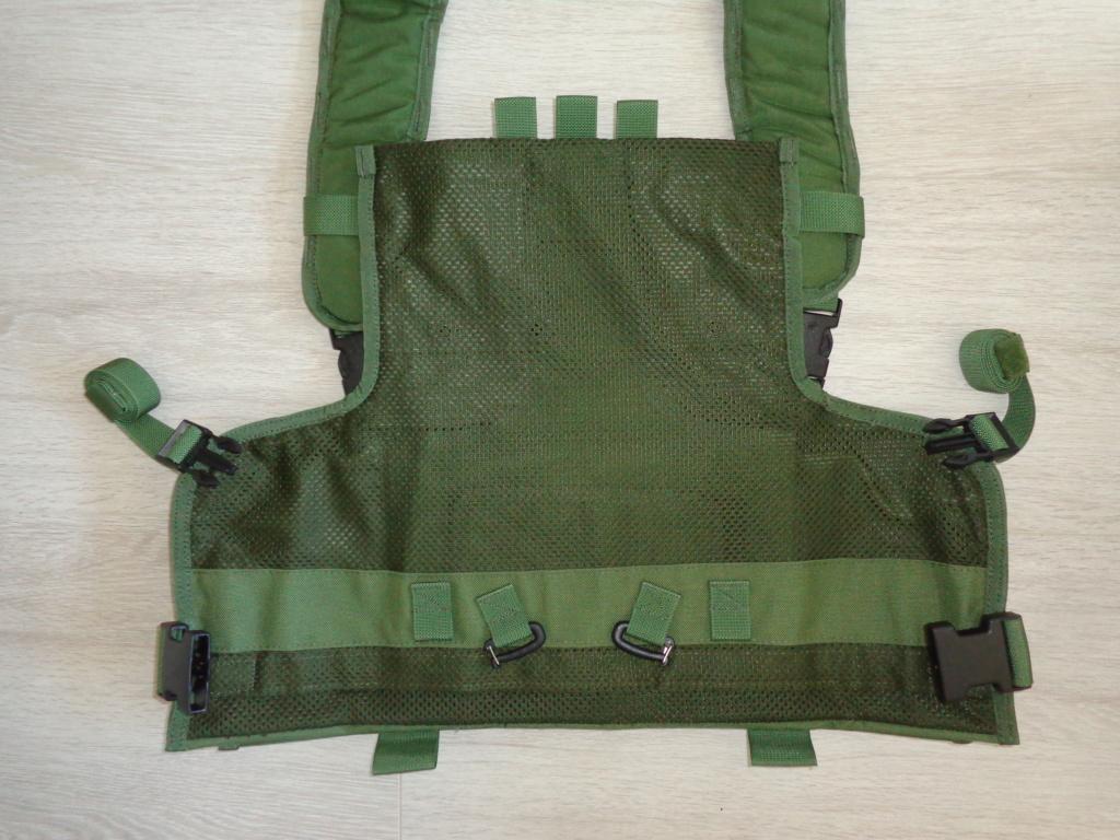 Dutch uniform and body armor as used in Mali, Fibrotex Fightex and Profile Equipment Moral SF, and more related gear (Profile, Diamondback) Dsc06877