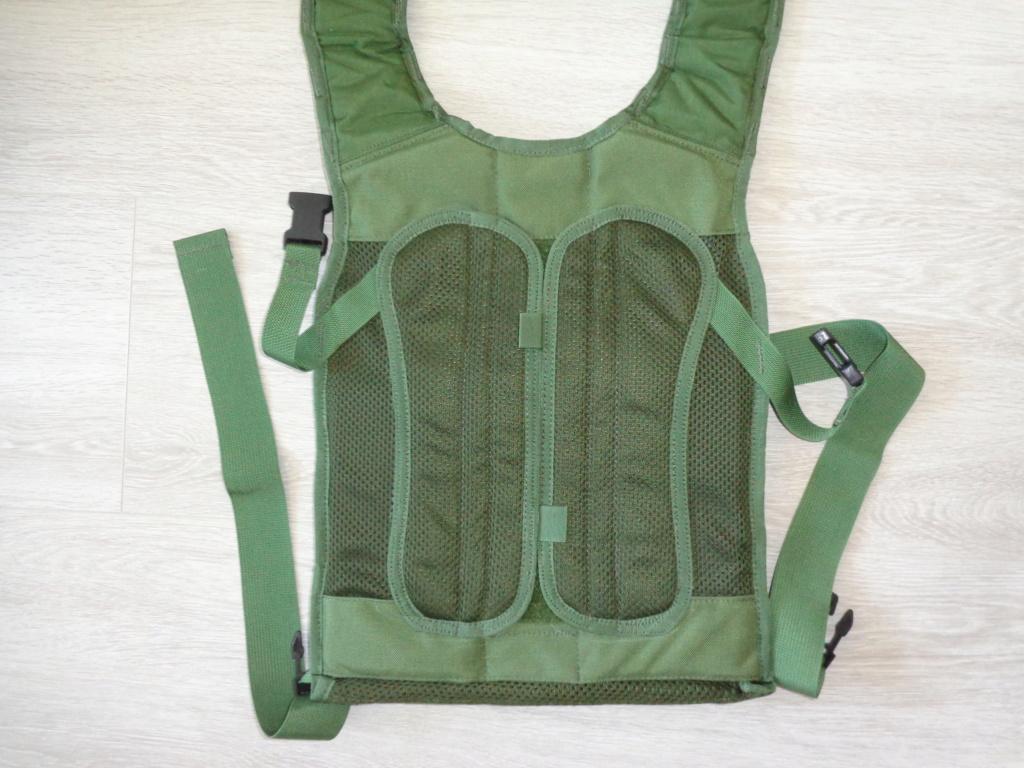 Dutch uniform and body armor as used in Mali, Fibrotex Fightex and Profile Equipment Moral SF, and more related gear (Profile, Diamondback) Dsc06878