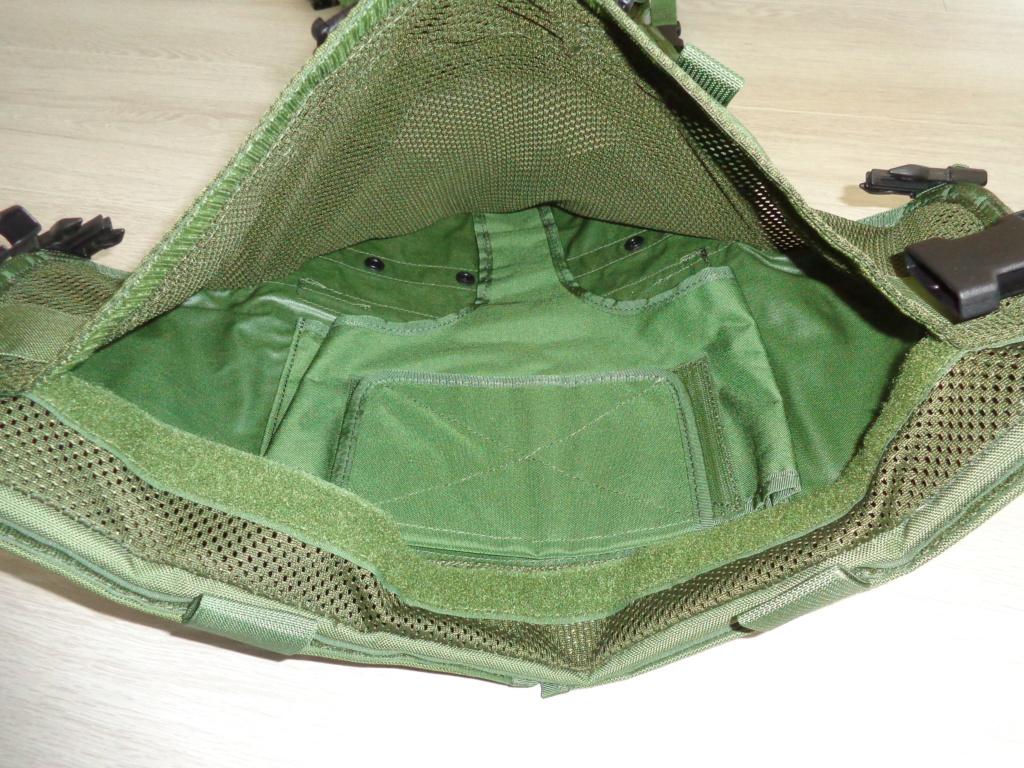Dutch uniform and body armor as used in Mali, Fibrotex Fightex and Profile Equipment Moral SF, and more related gear (Profile, Diamondback) Dsc06881