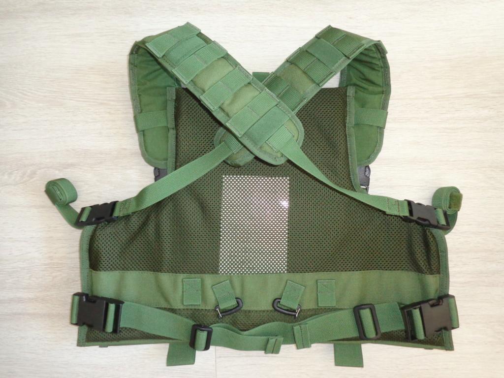 Dutch uniform and body armor as used in Mali, Fibrotex Fightex and Profile Equipment Moral SF, and more related gear (Profile, Diamondback) Dsc06888