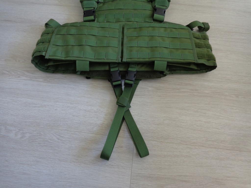 Dutch uniform and body armor as used in Mali, Fibrotex Fightex and Profile Equipment Moral SF, and more related gear (Profile, Diamondback) Dsc06895