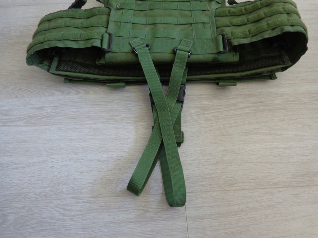 Dutch uniform and body armor as used in Mali, Fibrotex Fightex and Profile Equipment Moral SF, and more related gear (Profile, Diamondback) Dsc06896