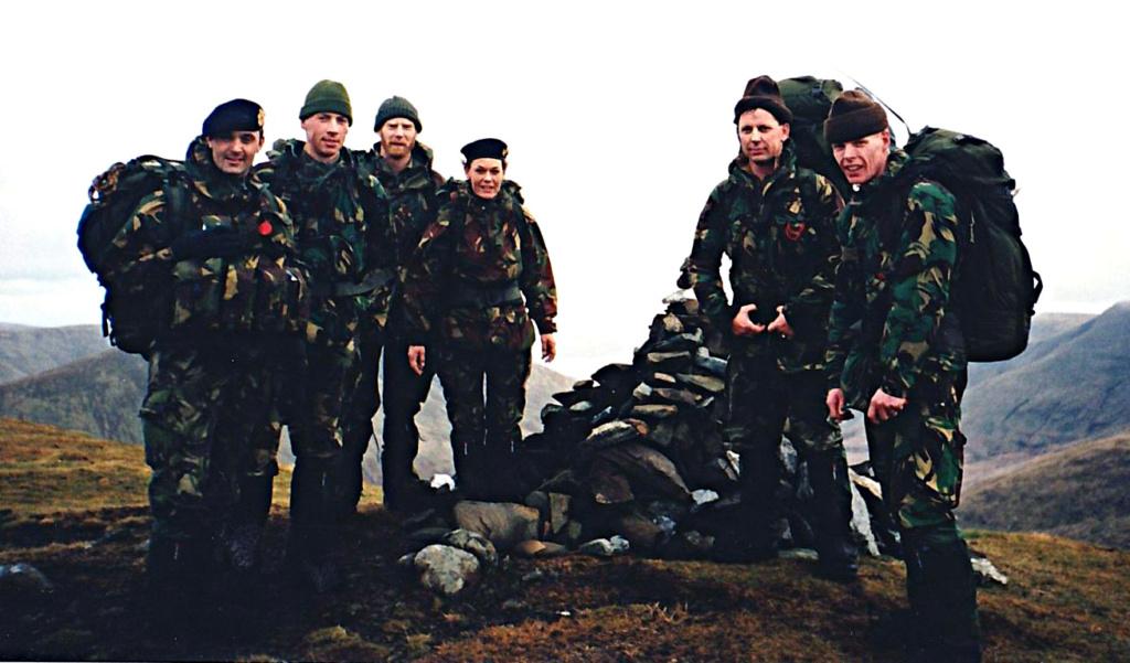 Korps Mariniers Webbing - Page 3 Oef_0010