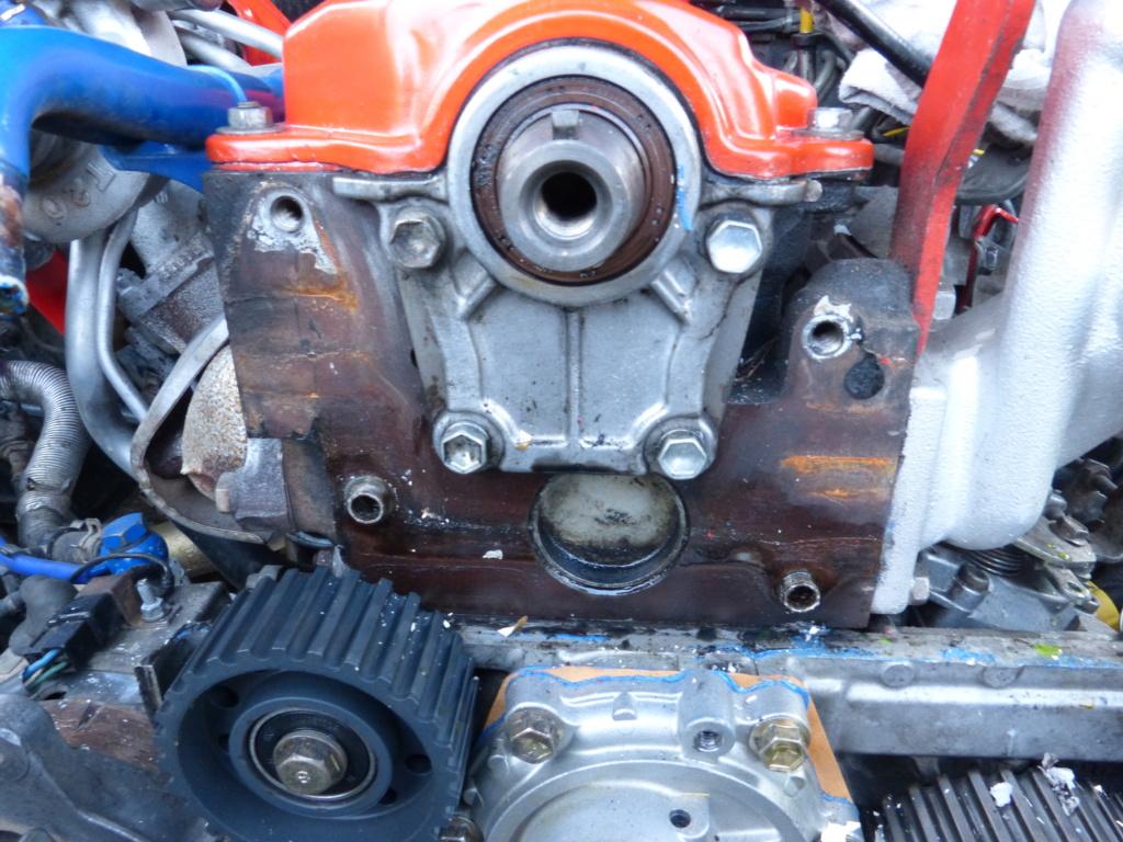 [Résolu] Joint entre bloc moteur et carter de distribution  Toyota23