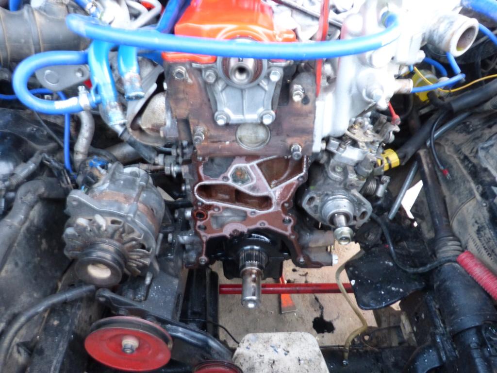 [Résolu] Joint entre bloc moteur et carter de distribution  Toyota24