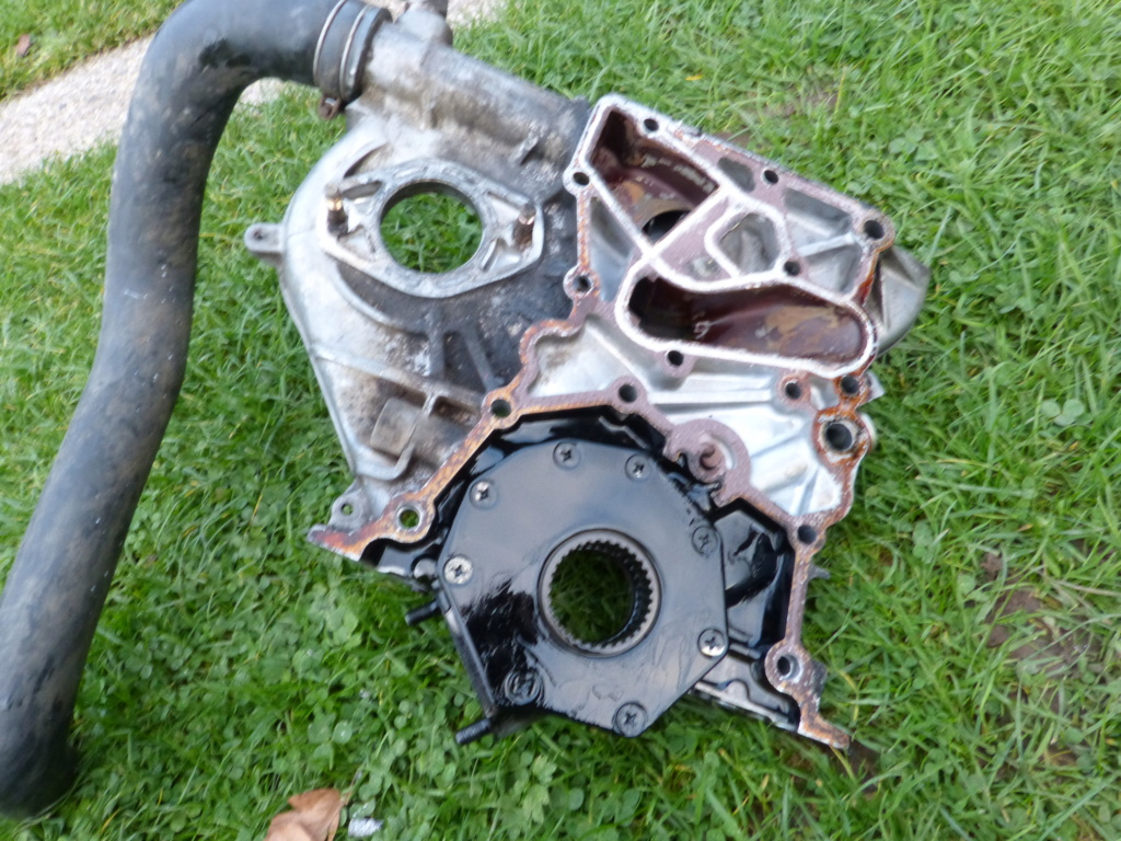 [Résolu] Joint entre bloc moteur et carter de distribution  Toyota27