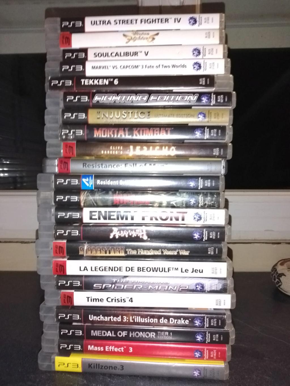 Vente lot PS3 avec 138 jeux + accessoires . 118