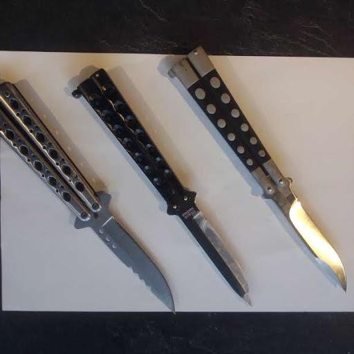 Mon topic hors jeux vidéo sur la pratique du couteau papillon !! Un12