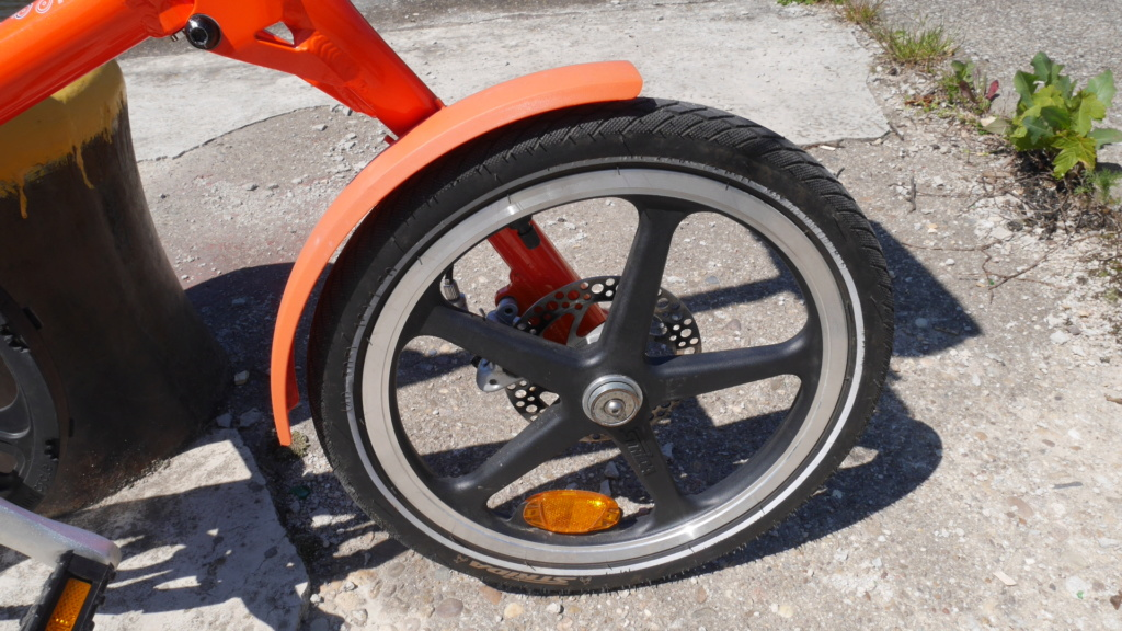 Strida Orange [Vendu] P1020812