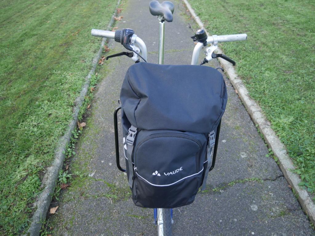 Porte-bagage avant - Page 5 P1060223