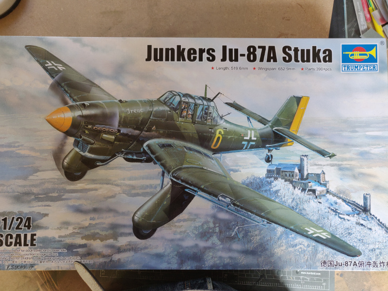 Junker Ju 87-A Stuka 1/24 Img_1058