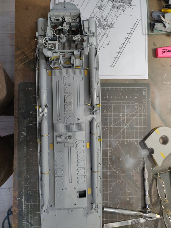 Schnellboot Type S38 1/35 Italéri - Page 9 Img_1846