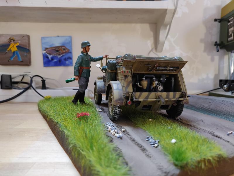 Kübelwagen type 82 1/16 Tamiya - Page 3 Img_2030