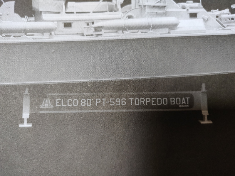 Torpédo boat PT-596 1/35 Italeri Img_2209