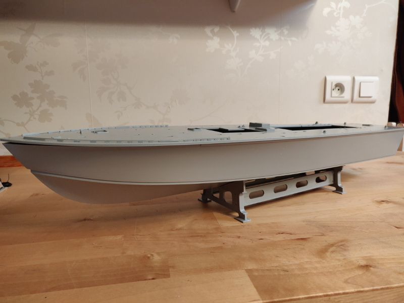 Torpédo boat PT-596 1/35 Italeri Img_2214