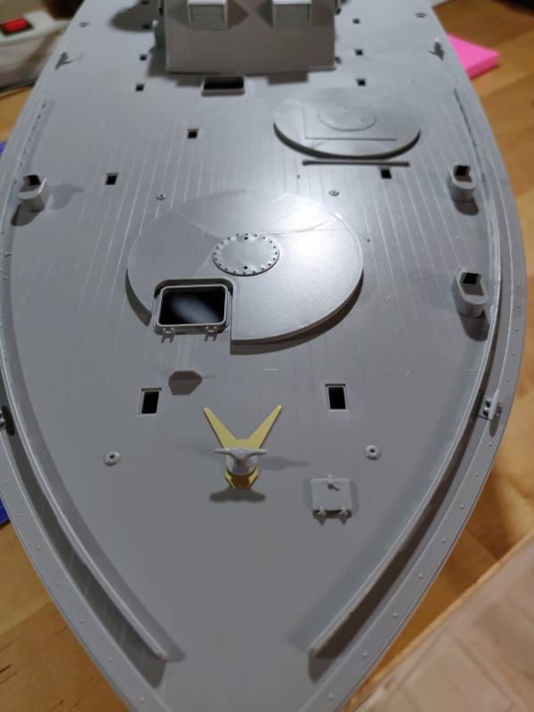 Torpédo boat PT-596 1/35 Italeri - Page 2 Img_2257