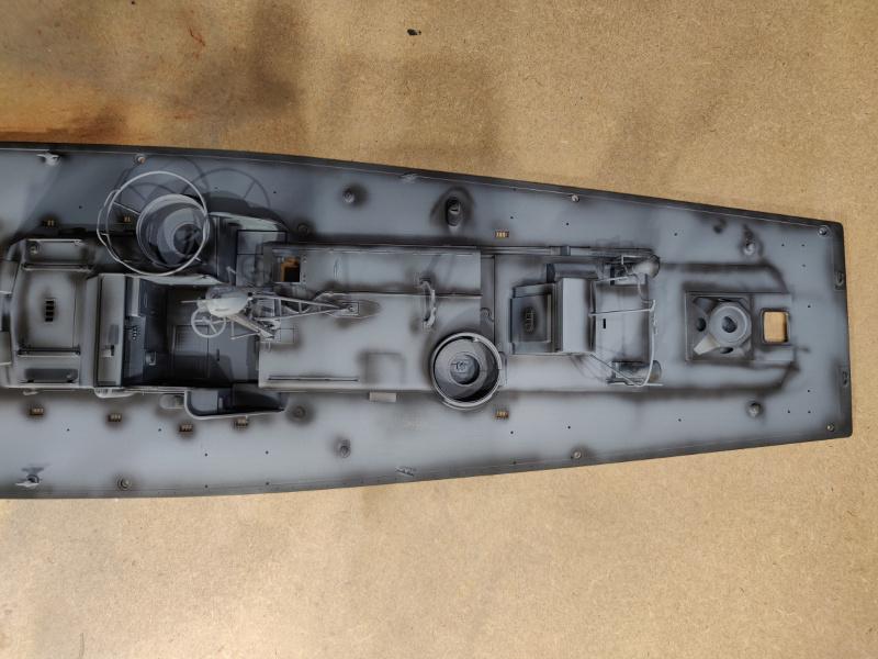 Torpédo boat PT-596 1/35 Italeri - Page 4 Img_2365