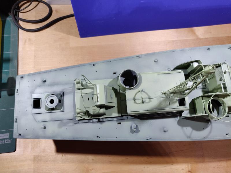 Torpédo boat PT-596 1/35 Italeri - Page 4 Img_2382