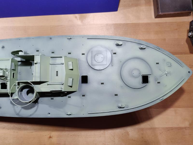 Torpédo boat PT-596 1/35 Italeri - Page 4 Img_2383