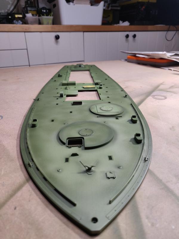 Torpédo boat PT-596 1/35 Italeri - Page 7 Img_2425