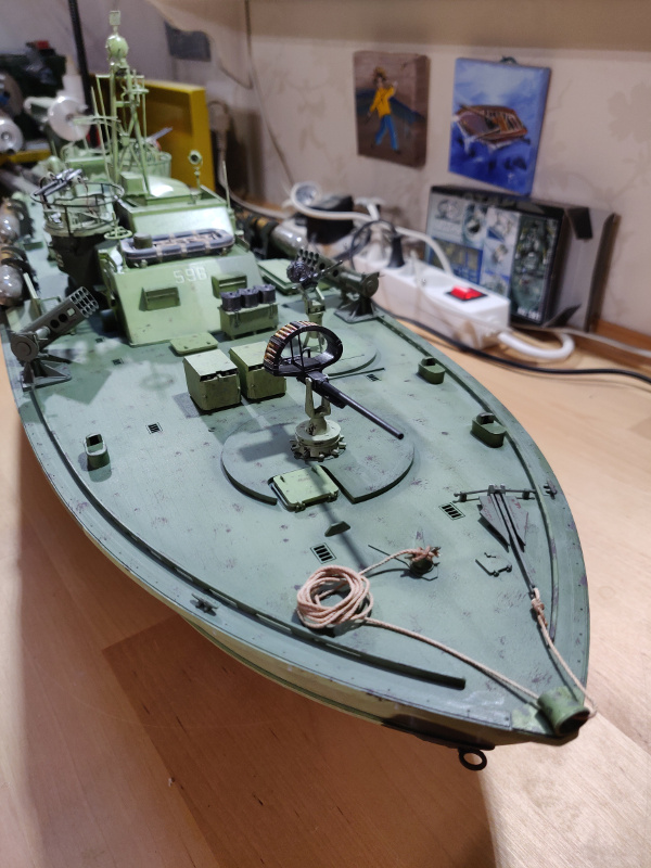 Torpédo boat PT-596 1/35 Italeri - Page 8 Img_2485