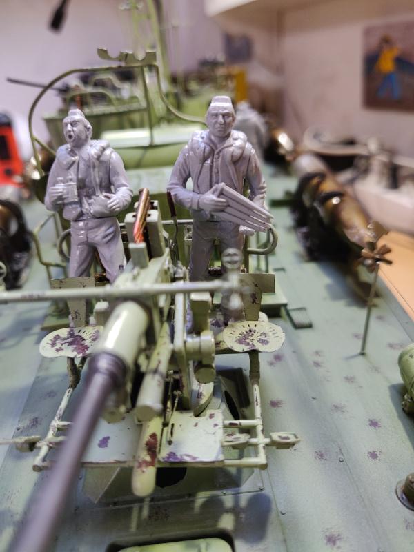 Torpédo boat PT-596 1/35 Italeri - Page 8 Img_2510