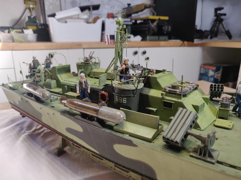 Torpédo boat PT-596 1/35 Italeri - Page 9 Img_2536