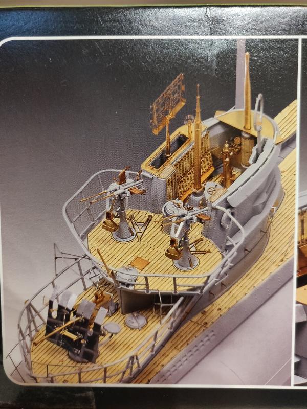 Revue de boîte U-Boat VII C/41 Revell 1/72 édition Platinium Img_3378