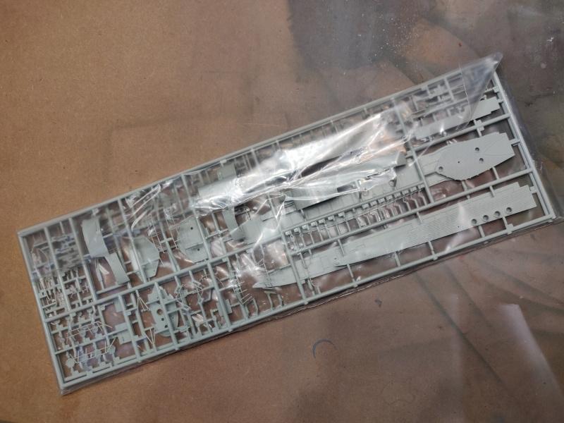 Revue de boîte U-Boat VII C/41 Revell 1/72 édition Platinium Img_3381