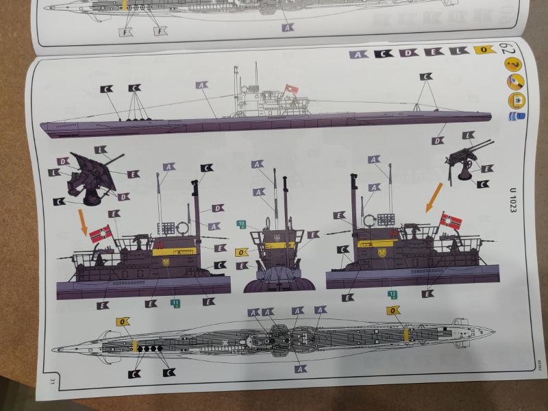 Revue de boîte U-Boat VII C/41 Revell 1/72 édition Platinium Img_3409