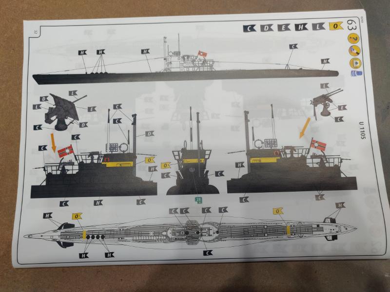 Revue de boîte U-Boat VII C/41 Revell 1/72 édition Platinium Img_3410