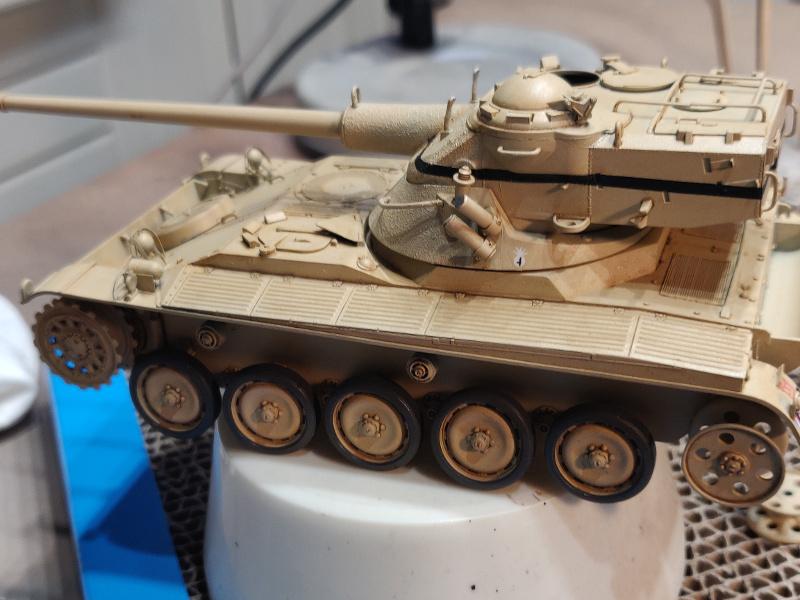 AMX 13/75 opération Mousquetaire Suez 1956 Takom 1/35 + Diorama - Page 4 Img_3748