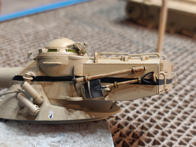 AMX 13/75 opération Mousquetaire Suez 1956 Takom 1/35 + Diorama - Page 4 Img_3763