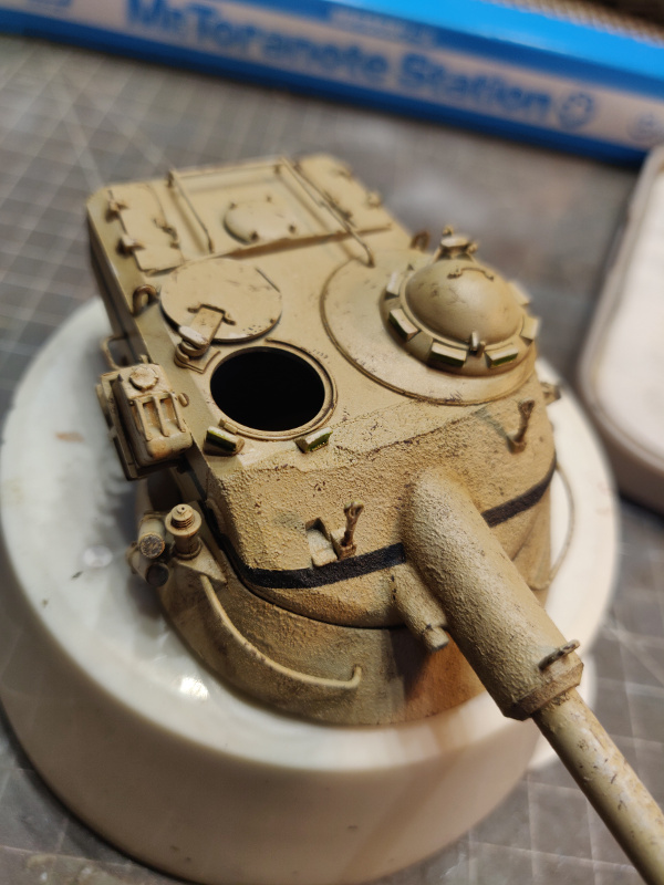 AMX 13/75 opération Mousquetaire Suez 1956 Takom 1/35 + Diorama - Page 4 Img_3770