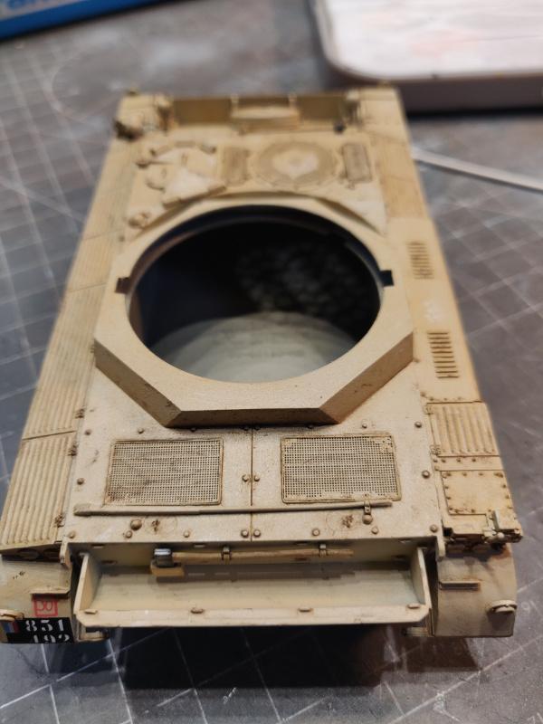 AMX 13/75 opération Mousquetaire Suez 1956 Takom 1/35 + Diorama - Page 4 Img_3774