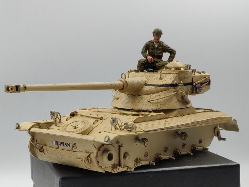 AMX 13/75 opération Mousquetaire Suez 1956 Takom 1/35 + Diorama - Page 5 Img_3837