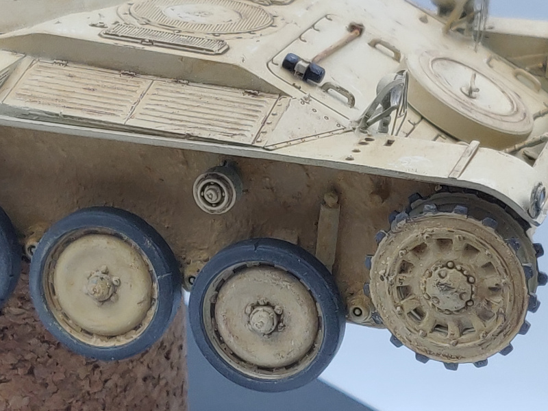 AMX 13/75 opération Mousquetaire Suez 1956 Takom 1/35 + Diorama - Page 5 Img_3987