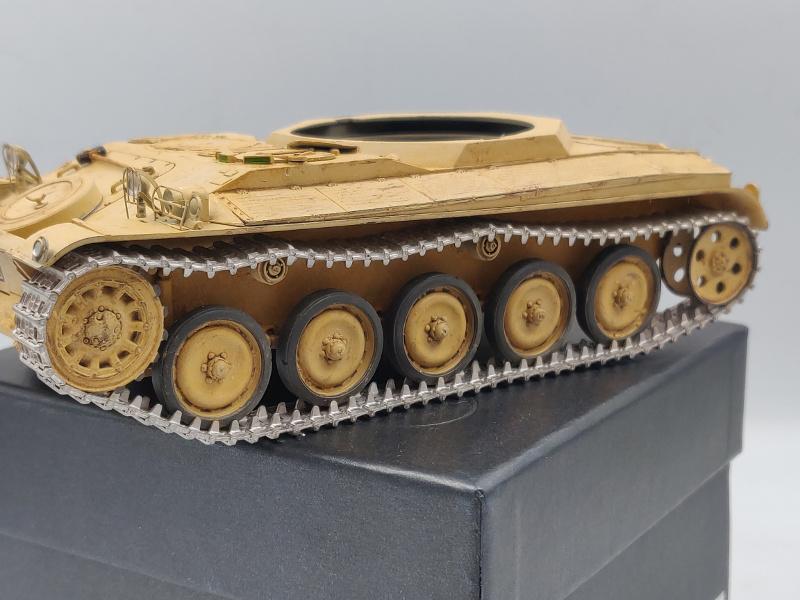 AMX 13/75 opération Mousquetaire Suez 1956 Takom 1/35 + Diorama - Page 6 Img_4051