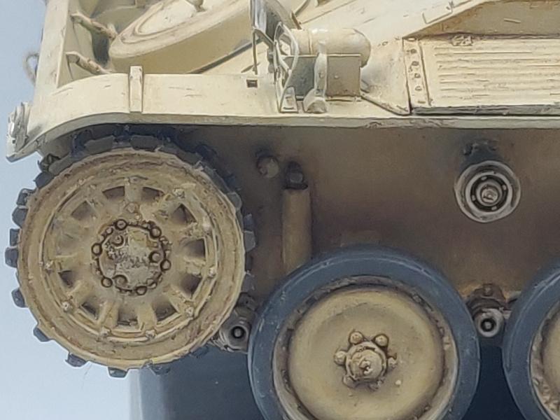 AMX 13/75 opération Mousquetaire Suez 1956 Takom 1/35 + Diorama - Page 6 Img_4054